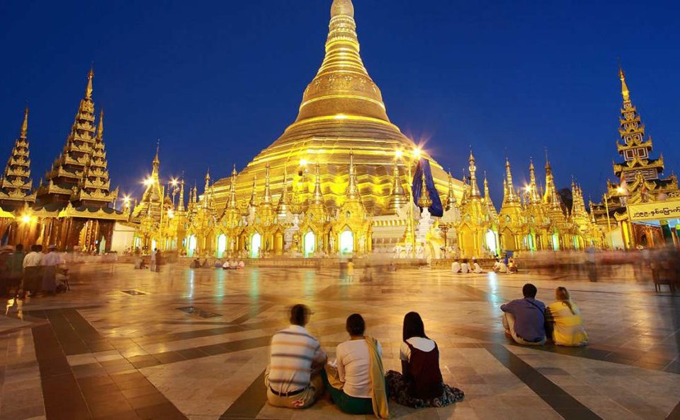 burma tourist attraction_
